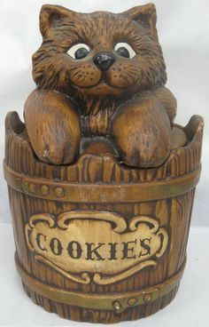 Cat Cookie Jar made in USA by Treasure Craft