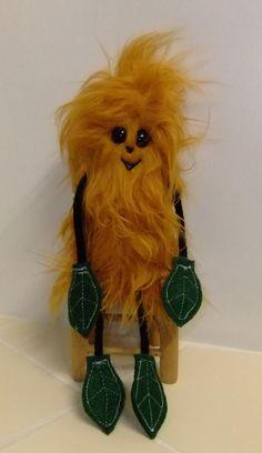 Crazy fur, gold Twecckle, little tree creature. www.sherfordbear.co.uk