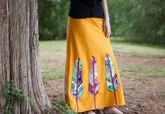 When you follow this skirt tutorial with Anna Maria, not only will you finish with a stunner of a bias cut maxi skirt that will take you into fall and beyond – but you will also learn a bundle of techniques. Anna Maria shows you how to draft and sew a maxi skirt based on your own body...