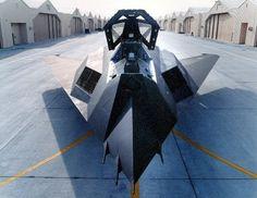 Lockheed : F-117A : Stealth Fighter; Nighthawk