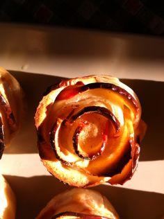 Rosa di mele e amaretti, fatta in casa