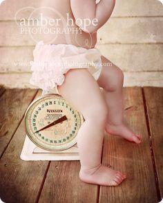 Un toque vintage para las fotos de tu bebe!! Me encanta!