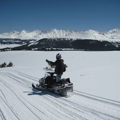 Enjoy a day of adventure and breathtaking scenery snowmobiling through Colorado's highest peaks! Over 17 years experience guiding clients on Colorado's highest snowmobile tours Your experienced guides are experts in backcountry travel with Wilderness Safety Credentials Snowmobile to over 12,500 feet and explore the majestic alpine environment Great for a memorable family adventure, a fun day out with friends, or your next corporate outing