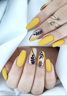 40 The Most Trendy Fall Nail Designs You'll Love - Page 5 of 13 Fall Nail Designs - Looking for Diy fall nails idea too? We have gathered up 40 fall nail design ideas. You are going to absolutely love these Fall Nail Designs and most of them are so simple Manicure Nail Designs, French Manicure Nails, French Nails, Manicures, Gel Nails, Coffin Nails, Nail Nail, Toenails, Stiletto Nails