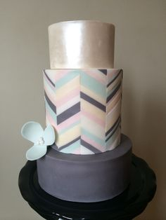Graphic cake
