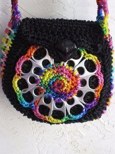 bolsas con anillas de latas y crochet