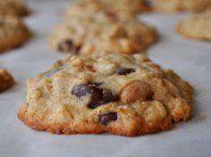 Banana Oatmeal Cookies with Peanut Butter and Chocolate Chips | Serious Eats : Recipes