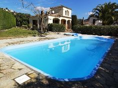 Villa+with+garden+Pool+and+Jacuzzi+for+5+People+In+Calonge,+on+the+Costa+Brava.++++Holiday Rental in Baix Emporda from @HomeAwayUK #holiday #rental #travel #homeaway