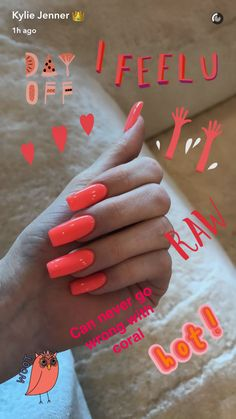 Kylie Jenner Nails Coral