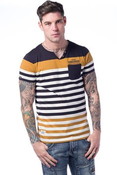 CAMISETA RAYAS CON BOLSILLO Look Fashion, Mens Fashion, Boys Wear, Traditional Sarees, Casual Wear, Tank Man, Men Sweater, Tee Shirts, Style