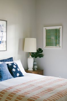 frame a small rug or pillow case