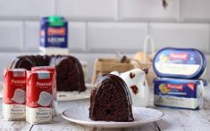 Bunt Cakes, Desserts, Food, To Tell, Home, Vegetarian Recipes, Dessert Food, Breads, Crack Cake