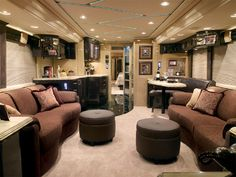 Marathon Coach Luxury Prevost Bus - these can be customized! Can't wait to retire! Rv Interior, Trailer Interior, Interior Design, Rv Motorhomes, Luxury Motorhomes, Marathon Coach, Luxury Bus, Bus Living, Mobile Living