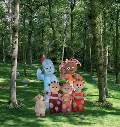 things to do in London In The Night Garden.In The Night Garden. Childhood Tv Shows, Childhood Memories, Comic Wedding, Comic Tattoo, Love Is Comic, Weekend Activities, Personalized Cake Toppers, Garden Show, Garden Kids