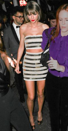 Grammys 2016: 13 Dresses You Didn't See   People - Taylor Swift in Balmain