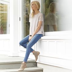 The White Company US. Symons Skinny Jeans | The ultimate in skinny jeans, 'Symons' are super-flattering, super-stretch and super-fitted all the way to the ankle. A mid-rise skinny in ultra-soft denim, they can be worn tucked into boots, long and lean with heels or rolled up casually for an ankle-grazing look.Pinning from the UK? -> http://www.thewhitecompany.com/clothing/jeans/symons-skinny-jeans--mid-wash/
