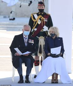 Prince Charles And Camilla, Prince Andrew, Prince Philip, Prince Of Wales, Royal Uk, Royal Life, Royal Navy, Greek Dress, Greek Soldier