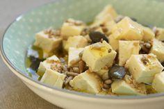 Tofu aux graines et à l'huile d'olive (pour l'apéritif ou sur une poêlée de pâtes ou de légumes)