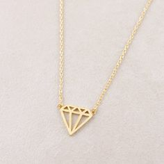Flat Diamond shaped Necklace In Gold