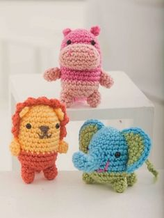 2000 Free Amigurumi Patterns: Critter Trio: free crochet patterns from Amy Gaine...