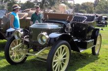 Stanley_steam_car - The 1913 Stanley Steamer Took Only 45 Minutes To Start - See the video