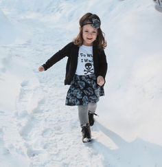 This skull outfit is perfect for the kid that does what they want.  #skullskirt #skullclothing #idowhatiwant #babyskullskirt #toddlerskullskirt #girlsskullskirt
