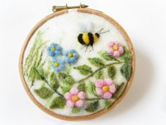 Items similar to Felted Painting,Needle Felted landscape,Miniature Art on Etsy Bordado Popular, Felt Wall Hanging, Applique Tutorial, Felt Pictures, Needle Felting Tutorials, Felt Decorations, Felt Brooch, Needle Felted Animals, Wet Felting