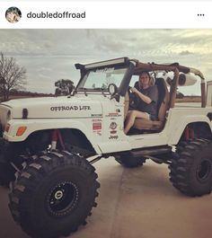 1119 best girls with jeeps images in 2019 jeep truck jeep rh pinterest com