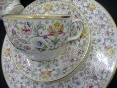 minton-majestic-hadfdon-hall-breakfast-set-[5]-2691-p.jpg (1600×1200)