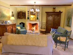 The living room - le salon