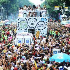 The Rio Carnival's madness begins http://www.thepiccachillyparlour.com/tpp/rio-carnivals-madness-begins/ #Rio #Carnival #madness #Brazil #folk #festivals #insane #SilviaRussano #joy #celebration #life #respectful #democratic #singing #dancing #crazy #party #fun #Sapucai #Sambadrome #passion #samba #parade #music #tradition #costumes #competing #BestSamba2014 #Monobloco #Children #clowns #puppets #pets