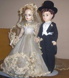 ~ JUNE ~ Madame Alexander 21in Royal Couple Portrait Dolls http://www.dollshopsunited.com/stores/jazzie2/items/1270511/Madame-Alexander-21in-Royal-Couple-Portrait-Dolls #dollshopsunited