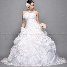 ウエディングドレス 花とビーズのロマンティックロングトレーンウェディングドレス/プリンセスライン/結婚式/二次会 ドレス/花嫁