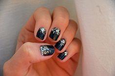 #DIY idea : Sparkly New Years Nails by Mariannan