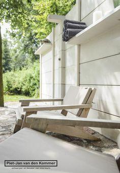 siin veel üks pilt eraldusseinast, mida taga aias saaks heki asemel kasutada - tähelepanu riiulitele!