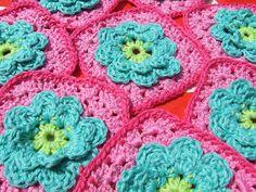 HaakKamer7: Patroon Bloem Granny (Flower Granny Square), haken, gratis patroon, Nederlands, haakpatroon