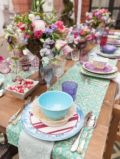 A colorful table setting by event planner Mindy Weiss