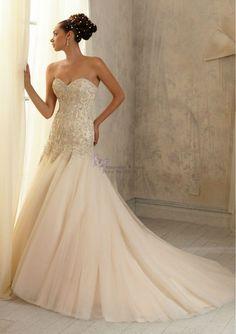 2017 New A Line Custom Sweetheart Sleeveless Tulle Beaded Wedding Dresses