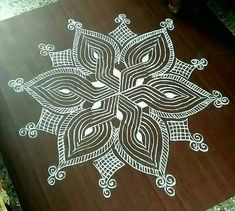 Simple machine quilting beautiful 35 Ideas for 2020 Indian Rangoli Designs, Rangoli Designs Latest, Rangoli Border Designs, Small Rangoli Design, Colorful Rangoli Designs, Rangoli Ideas, Rangoli Designs Images, Beautiful Rangoli Designs, Mandala Design