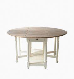 Morningside Dining Table 150 diameter. Bordet er laget av Mangotre.