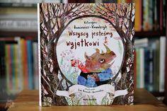 Wszyscy jesteśmy wyjątkowi | Bajkochłonka Snow Globes, Cover, Books, Decor, Historia, Libros, Decoration, Book, Decorating