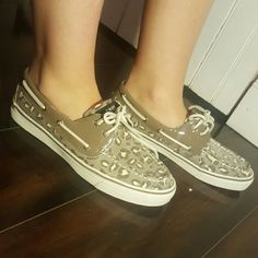 Sequin Sperrys, leopard print Worn once for barely 1hr Sperry Top-Sider Shoes Flats & Loafers
