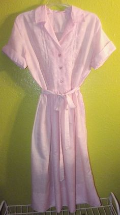 MINT Vintage 50s Pink Embroidered Bodice Belted Shirt DRESS Sz S True Vintage  #Unknown