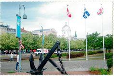 Carte postale de Montréal | Christie Cartes, $2 | christiecartes.com