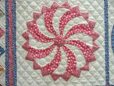My Happy Daze by Vernell Fesperman; quilted by Quilt Divas, Hemphill, TX Pattern by Sue Garman!