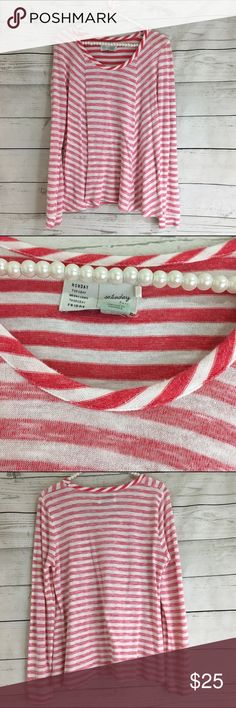 ⬇️ Anthropologie Saturday Sunday Striped Top Super comfortable, soft top from Anthropologie. Very unique inside out look. Collar stands out. No signs of wear Anthropologie Tops Tees - Long Sleeve
