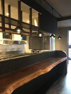 モールテックスとウォールナット一枚板 Custom Made Furniture, New Instagram, Cafe Restaurant, This Is Us, New Homes, Sushi Bars, Interior Design, Cool Stuff, Architecture