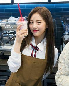 jiwon Ioi, Bias Wrecker, Mini Albums, Girl Group, My Girl, Park, School, Girls, Beautiful