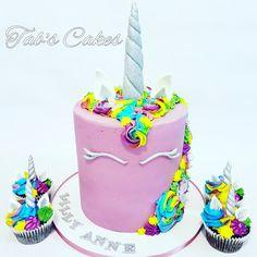 Unicorn Cake &Cupcakes