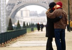 Romantic Paris is one of the best cities in the world for couples. Find out the best spots to snuggle and smooch with your sweetheart.Paris is the city of romance along with a tremendously popular destination for couples, lovers and honeymooners.